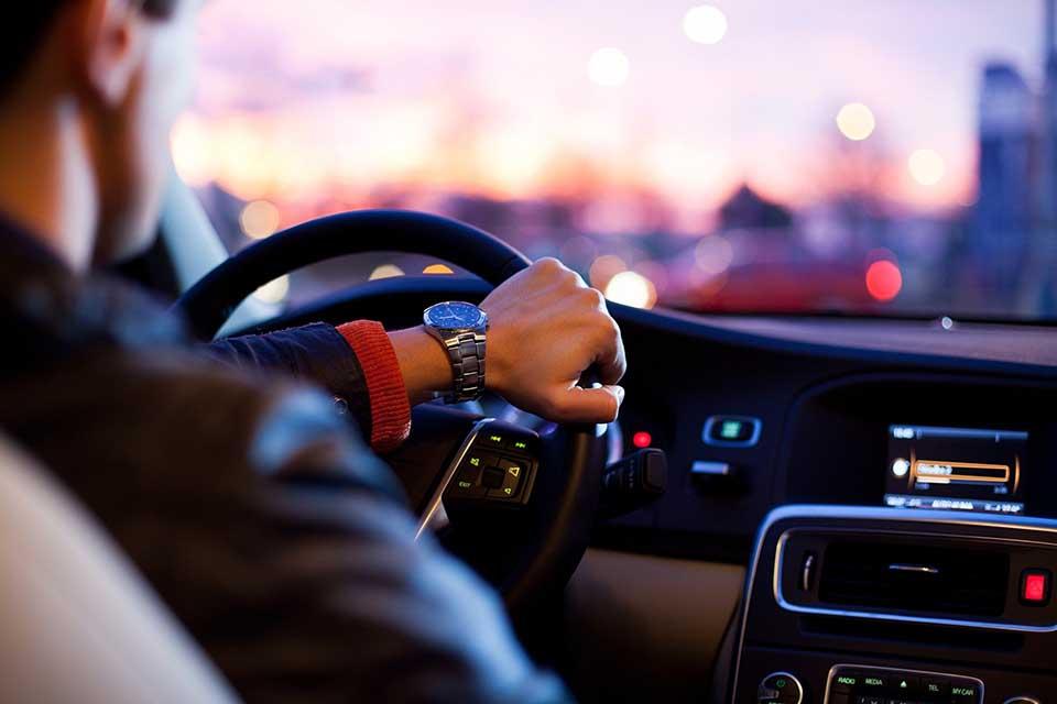 汽車借錢Q&A大集合,汽車借款非本人可以嗎?